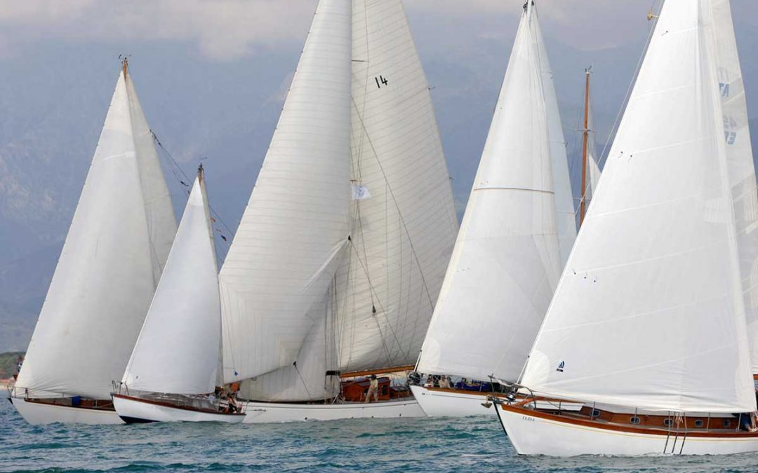 Una flotta di 50 barche d'epoca a Viareggio per il XIII Raduno delle Vele Storiche